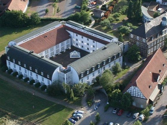 Das WELCOME HOTEL Bad Arolsen aus der Luft (Foto: Welcome Hotel Bad Arolsen)