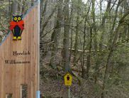 Das Nationalpark-Tor am Wanderparkplatz in Edertal-Affoldern